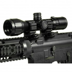 UTG 3-9x32 Compact CQB Bug Buster AO RGB Scope with Med. Picatinny Rings, 2 Sunshade
